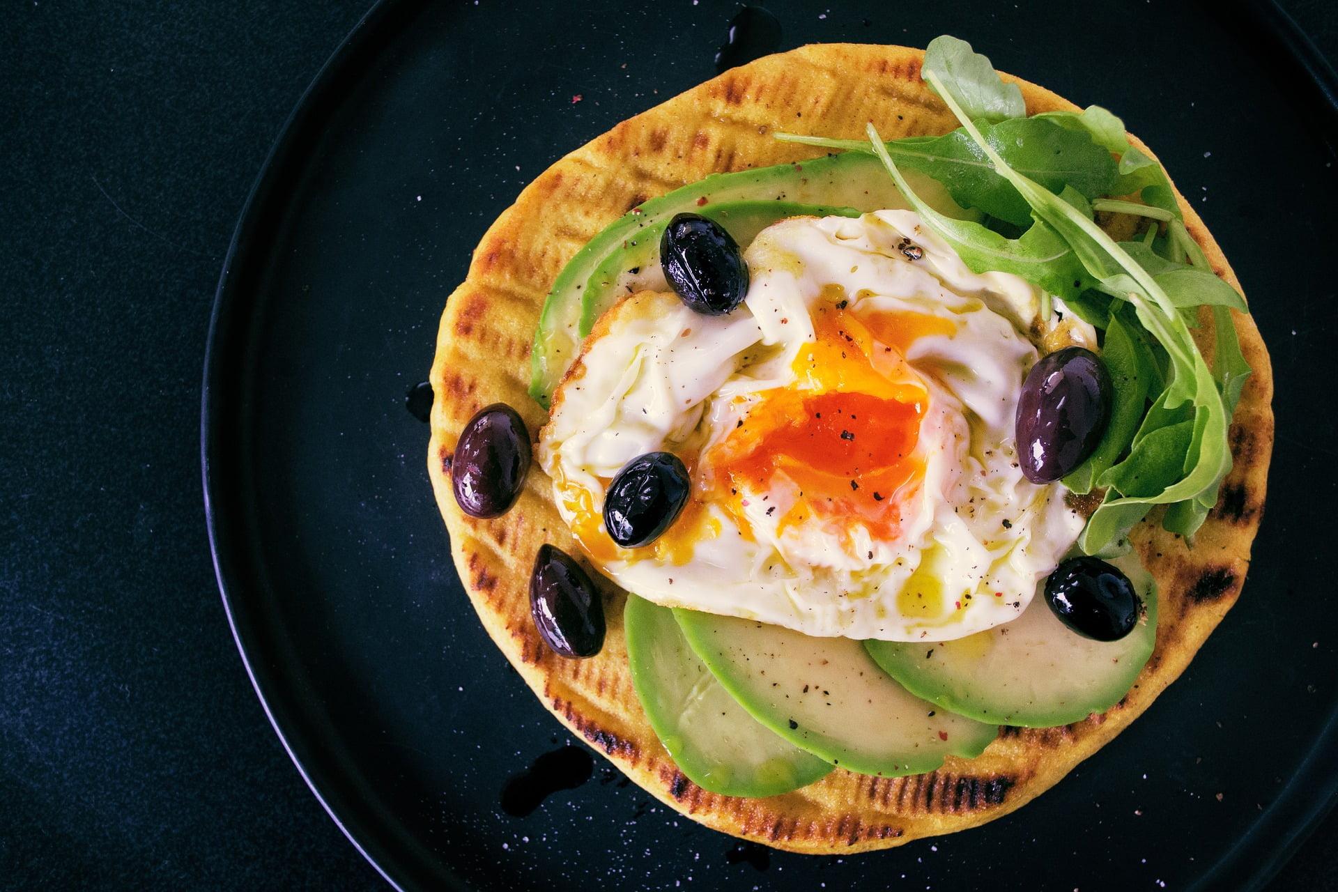 Avocado-Ei-Pancake
