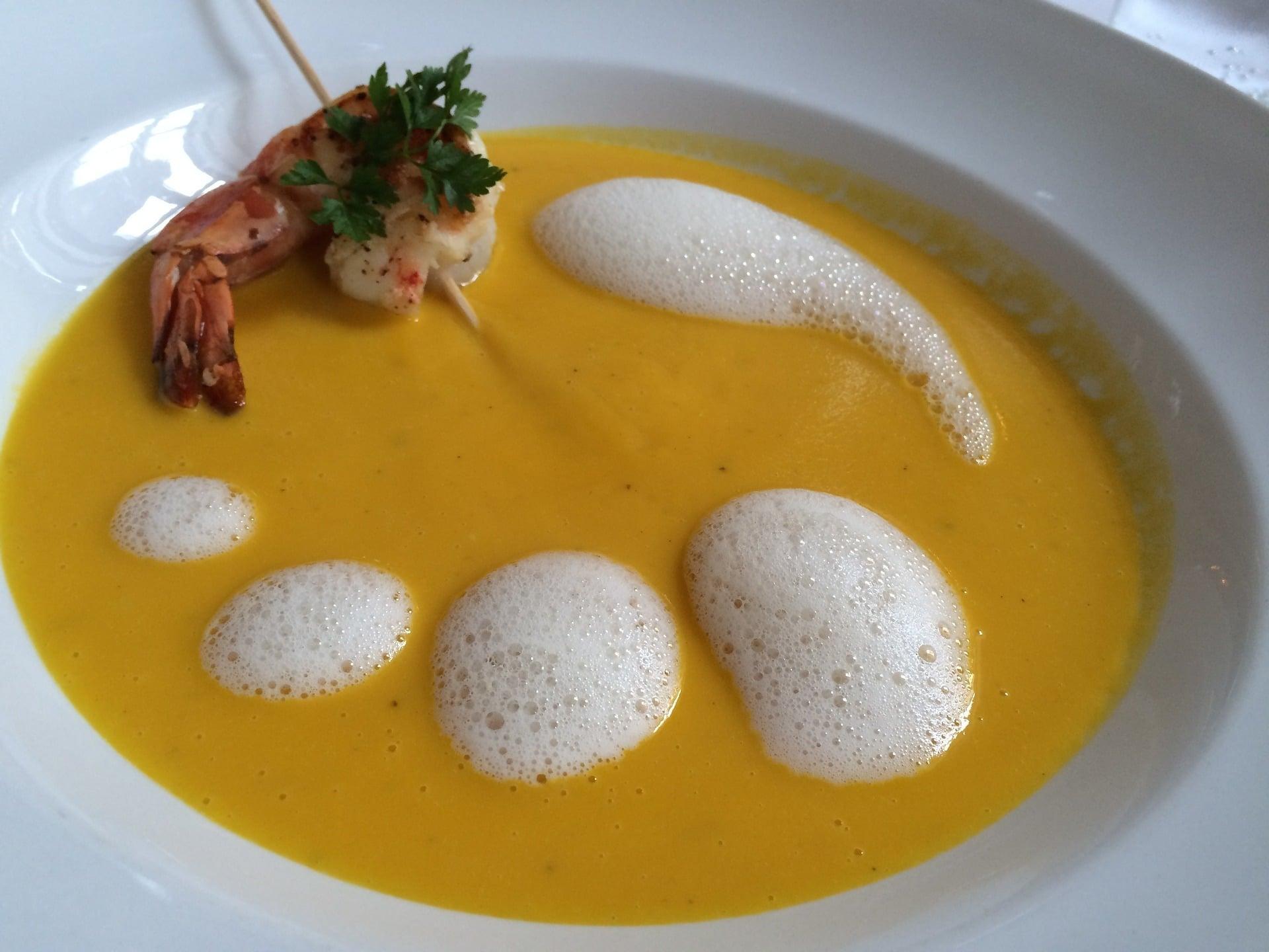 Kokosmilch-Garnelen-Suppe